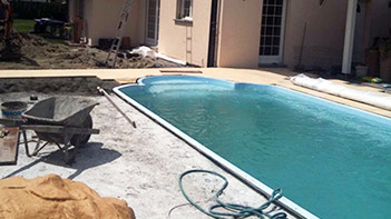 chantier de construction de piscine