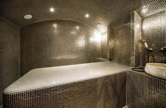 Table de massage de hammam, hôtel à Crans-Montana