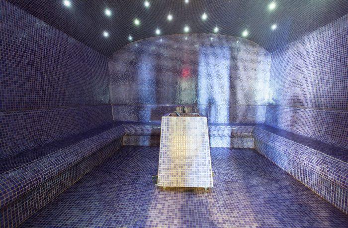 Hammam avec LED intégrés