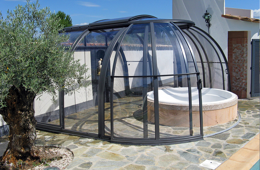 abris de piscines et spas lamatec. Black Bedroom Furniture Sets. Home Design Ideas