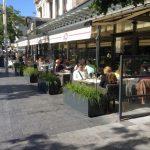 Coupe-vent pour terrasse de restaurant