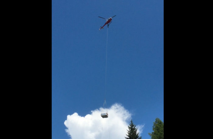 Livraison d'un spa par hélicoptère
